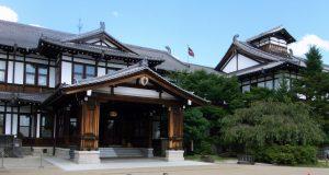 奈良ホテル玄関-1