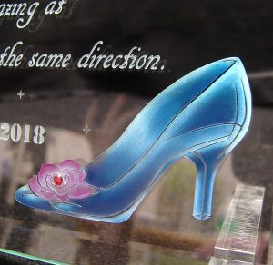 ガラスのウェルカムボードM靴の拡大